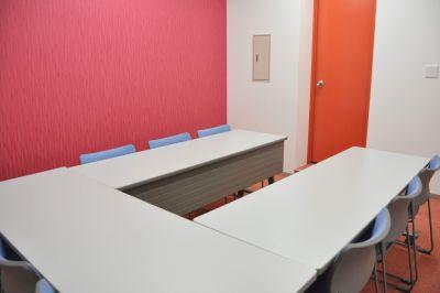 NATULUCKコープ高倉店 小会議室Cの室内の写真