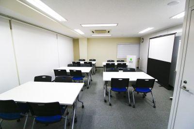 銀座ユニーク貸会議室 ビジネストレーニングルームの室内の写真