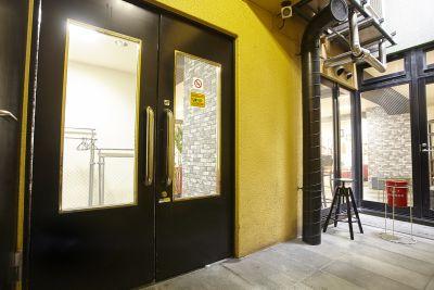 新橋駅前G セミナー・スタジオの入口の写真