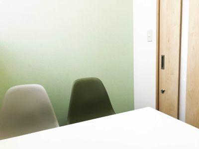 カラメル池袋西口店 B室(グリーン)の室内の写真