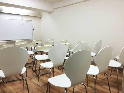 カラメル六本木1号店 貸し会議室の室内の写真