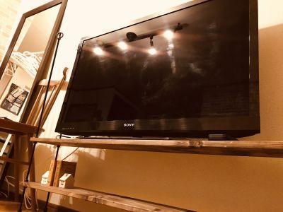 エキマエ会議室 三宮 丸ごと貸切!!大型スクリーン完備の室内の写真