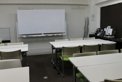 ホワイトボード - 四谷三丁目グラッドスペース 貸し会議室3Fの設備の写真