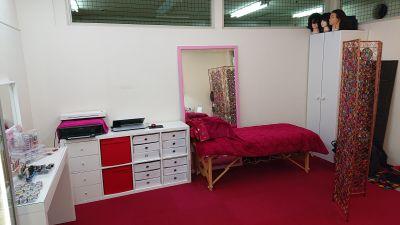 ルームD マルチサロンルームDの室内の写真