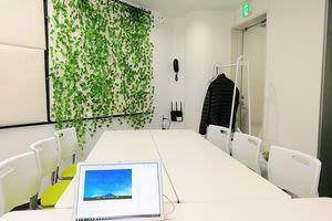 アクセス抜群の新宿駅徒歩2分物件 家賃22万物件をシェアして使おうの室内の写真