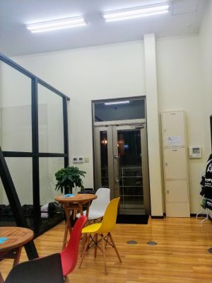 レンタルスタジオ・ジュリアーナ フリースペースの入口の写真