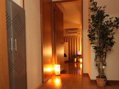 LQ南森町プライベートサロン Room07 完全個室プライベートサロンの入口の写真