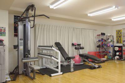 リラックスボクシングジム 各種教室に対応の室内の写真