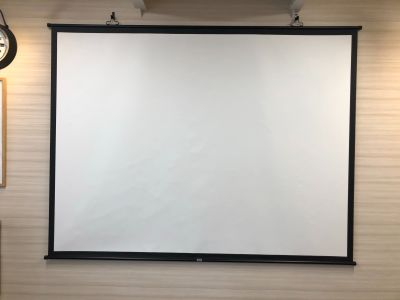 ツムギ住研 株式会社 本社ビル 【ツムギ住研 本社】4F会議室の設備の写真