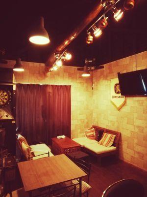 Dining&Bar AZILO パーティー、カフェ、会議室などの室内の写真