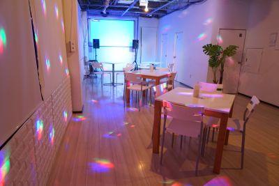 目黒スタジオ「hacoz」 多目的スペースの室内の写真