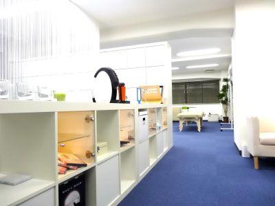 UP+CONDITION LAB 会議室・セミナースペースの入口の写真