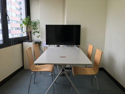 プレビュールーム・控え室(小) - 東京セミナースタジオ オンライン動画スタジオの設備の写真