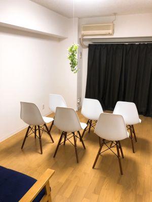 SAKURA会議室(新宿) 駅1分好立地!Wifiの空間♪の室内の写真