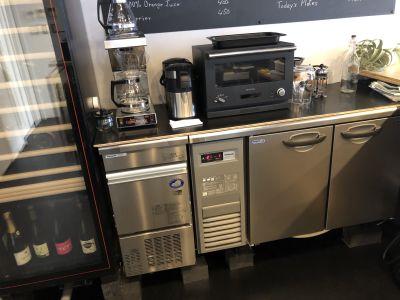 カフェ エ  アペロ 試食会、ワークショップスペースの設備の写真