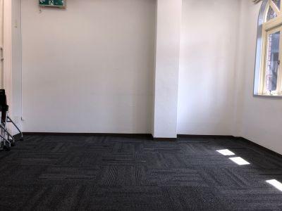 Win Laboレンタルスペース 個室 会議・多目的タイプの室内の写真