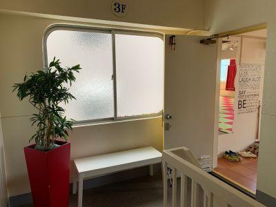 レンタルスタジオ晏仁(あんにん) スタジオ・多目的ルームの入口の写真