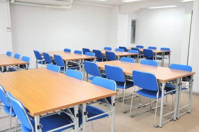 NATULUCK神田・小川町駅前 3階中会議室の室内の写真