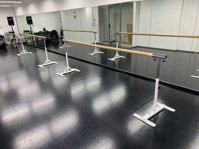 バレエバー - STUDIOFLAG 高田馬場店 レンタルスタジオ、貸しスペースの室内の写真