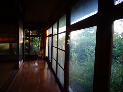 なるかみ茶屋 レンタルスペースの室内の写真