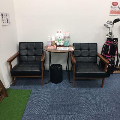スマートショット新宿 室内ゴルフ練習場1号室(OUT)の室内の写真