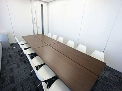 名古屋会議室 プライムセントラルタワー名古屋駅前店 第24会議室の室内の写真