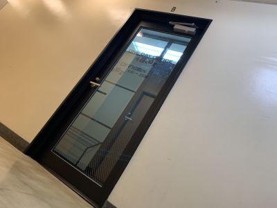 ワン・デイ・オフィス 第2会議室 会議室【ヨガスタジオ レンタル】の入口の写真