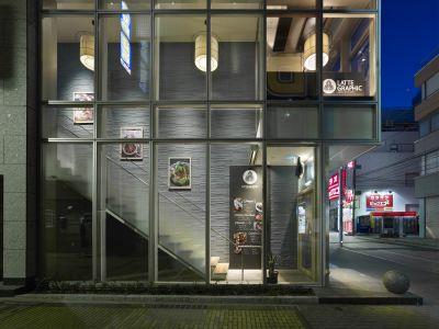 LATTEGRAPHIC町田店 広々ダイニングスペースBの外観の写真