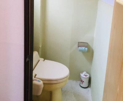 広くはありませんが清潔第一です。 気持ちよくご利用下さい。 - レンタルスペース・ラッキーBOXの室内の写真