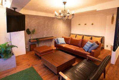 浅草アクアテラス ~屋上貸切BBQ&室内スペース~の室内の写真