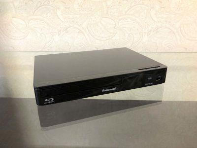 TS00107新宿 大型テレビ付きゴロゴロ空間の設備の写真
