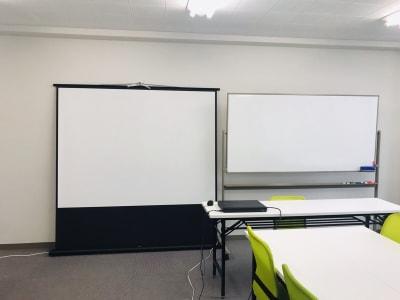 WSA会議室 セミナールームの設備の写真