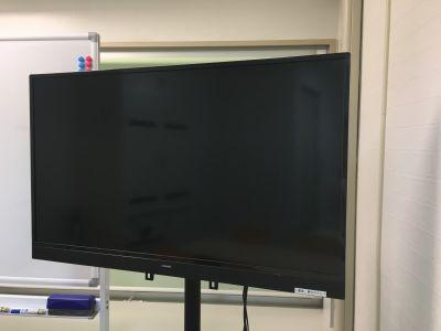 40インチTV HDMIケーブル付属 - お気軽会議室 リバティ淀屋橋 梅田から1駅/カタン導入♬の設備の写真