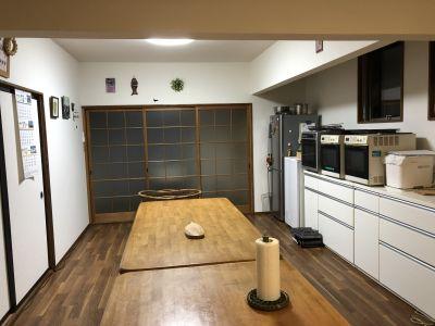 レンタルスペース駒ちゃん 広々キッチンでお料理を楽しもう!の室内の写真