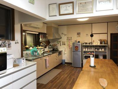 レンタルスペース駒ちゃん 広々キッチンでお料理を楽しもう!の設備の写真