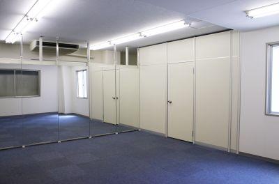 SOHO BOX 北浜 フリースペースの室内の写真