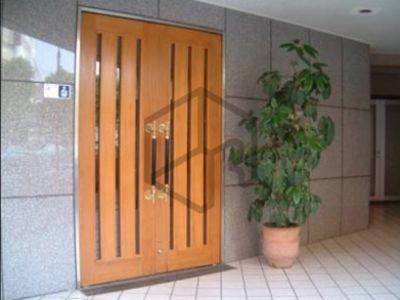 Salon de Spirit ヨガスタジオ・サロンスペースの入口の写真