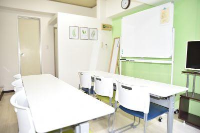 happy room 目黒 会議室の室内の写真
