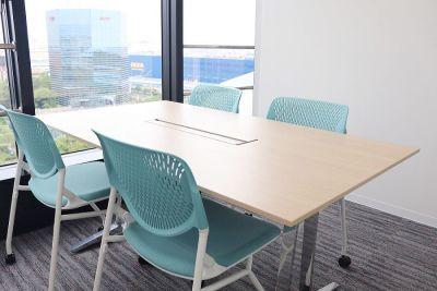 株式会社エスグロー 貸し会議室の設備の写真