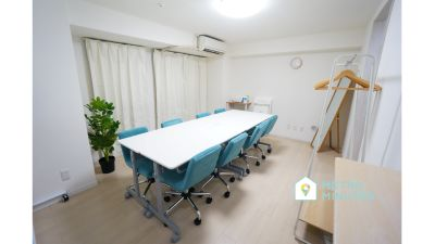 【SAKURASPACE秋葉原】 プロジェクタ無料の貸し会議室♪の室内の写真