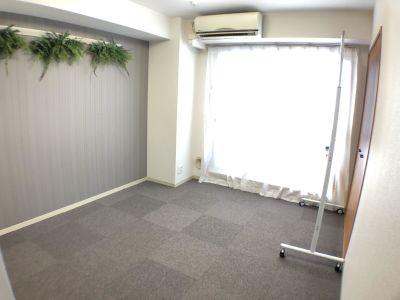 6畳くらいのコンパクトなスペースです。 - K-Platセンター北 レンタルスペース、貸し会議室の室内の写真