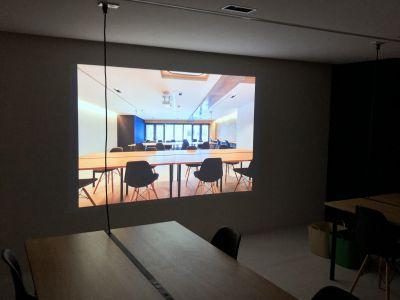 プロジェクタ利用可 - ACTBE Horieイベント貸 イベントスペースの室内の写真