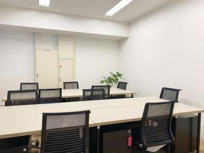 GOODOFFICE薬院 貸切スペース(ラウンジ)の室内の写真