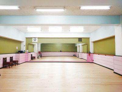 スタジオ アーマーズピンクドア