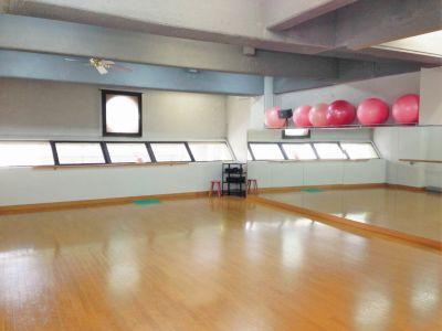 トレーニングジム&レンタルスタジオ サン・ワークアウト