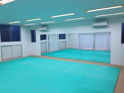 ヨガ・ダンス・バレエ・武道・パーティーなど使用可能な空間 - レンタルスペース坂戸(単発利用)