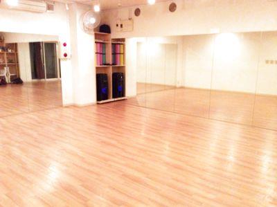 田園都市線!駅近!鏡2面のダンスの練習等で使えるスペース - ダンススペースDD