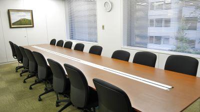 【高田馬場】駅チカ!会議やミーティングにおすすめ16名会議室 - 高田馬場セミナールーム