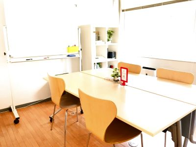千葉コワーキングスペース201内個室会議室