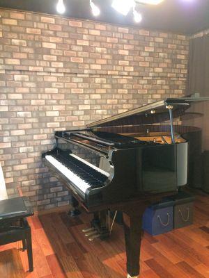 SHIGERU KAWAIで練習ができる防音室 - 南千住ピアノスタジオ